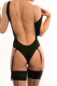 Courtney in black, epsom escort